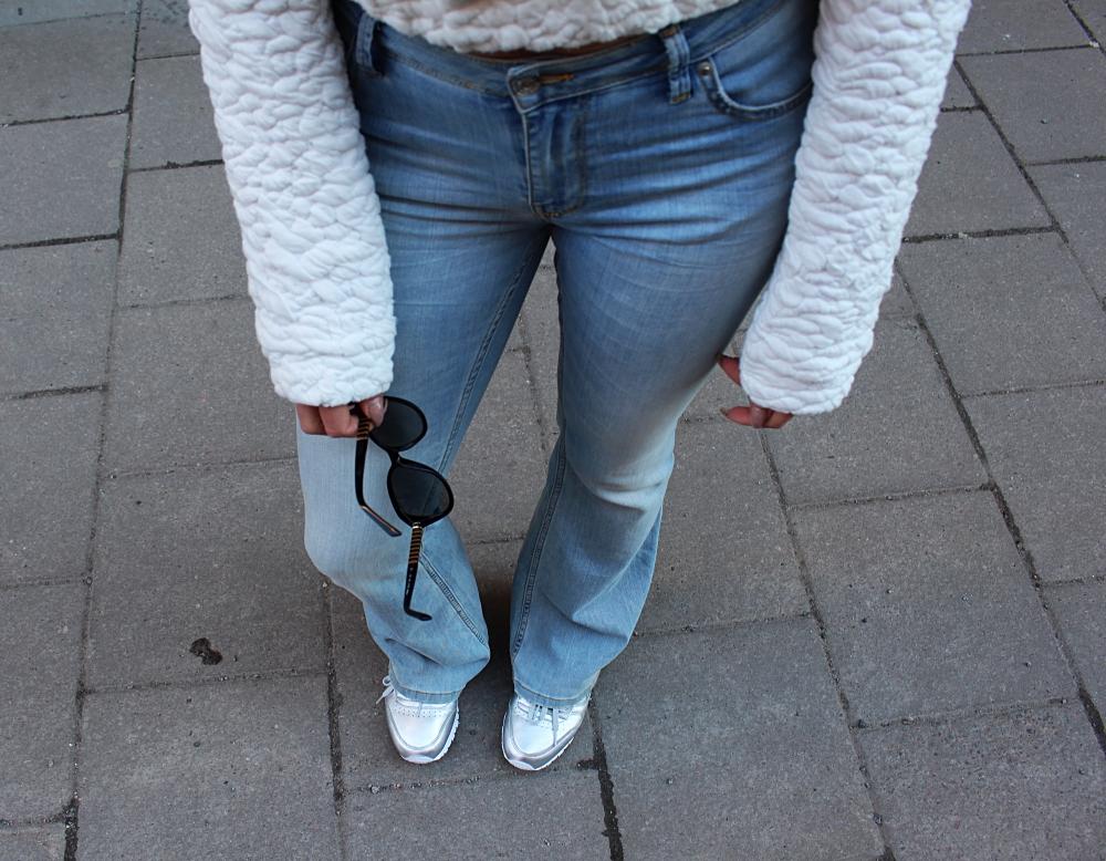 FlareJeans